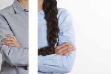 Zwei Bildhälften, links eine Person mit Hemd - männlich wirkend, rechts eine weitere Person mit Hemd und längeren Zopfhaaren über den Arm, weiblich wirkend